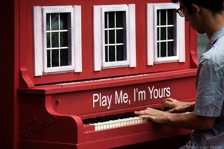 Street Pianos Toronto 2012 – Play Me, I'm Yours